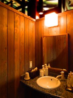 22八右衛門の湯化粧台s.jpg