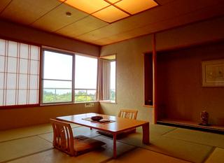 06四季のホテル客室s.jpg